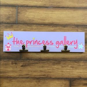 Princess gallery sign to display child's art